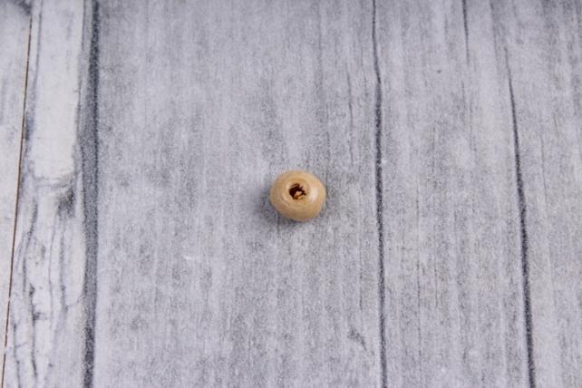 Бусины дерево  (С)  круглые  натуральные (6мм) в пакете 100гр