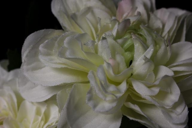 Искусственное растение - Георгина одиночная Шампань 33 см SUN531