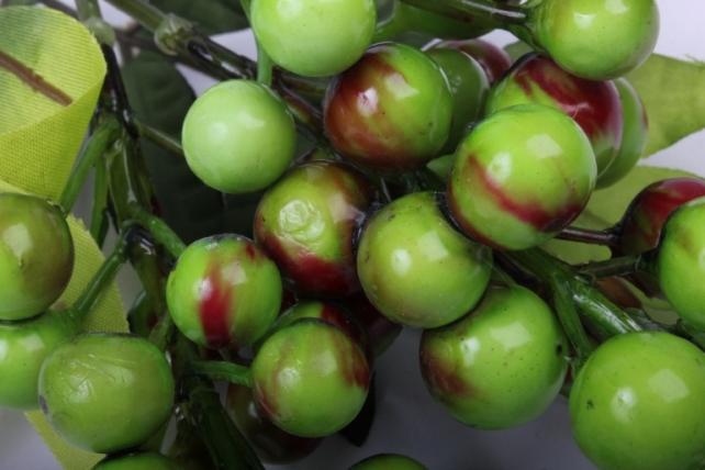 Искусственное растение - Ветка с ягодами салатовыми 30 см OW1006