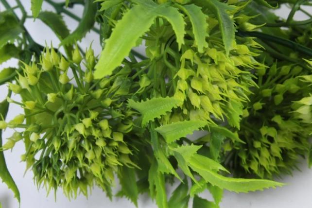 Искусственное растение -  Клевер горный зелёный  Б10228