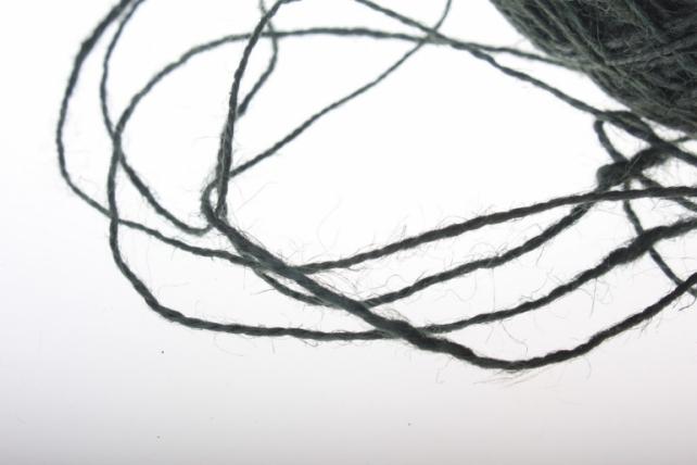 аксессуары для флористов - лента текстильная - шнур натуральный джутовый в ассортименте 100гр аксессуары для флористов - лента текстильная - шнур натуральный джутовый в ассортименте 100гр - черный 2223