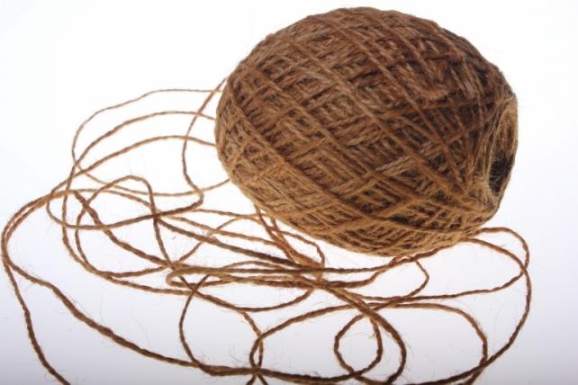 аксессуары для флористов - лента текстильная - шнур натуральный джутовый в ассортименте 100гр аксессуары для флористов - лента текстильная - шнур натуральный джутовый в ассортименте 100гр - коричневый 2223