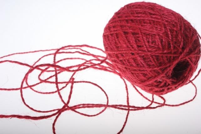 Аксессуары для флористов - Лента текстильная - Шнур натуральный джутовый в ассортименте 100гр - Красный