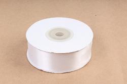 Атласная лента, в катушке (картон) гладкая, односторонняя, 25мм х 25м, белый (М)