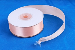 Атласная лента, в катушке (картон) гладкая, односторонняя, 25мм х 25м, Персиковый М,К
