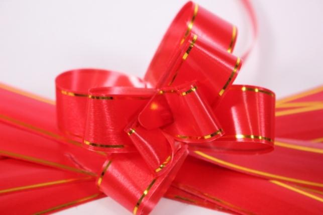 бант из ленты - бант-бабочка 18х390мм (золотая полоса) красный (10 шт.)