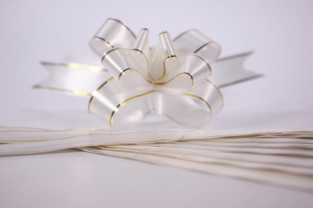 бант из ленты - бант-бабочка 32х570мм (золотая полоса) белый (10 шт.)