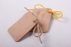 бирка из натуральной кожи  «с днем рождения», декор бант из шнура, бусина