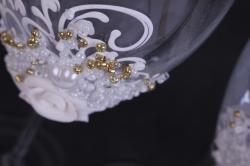 """бокалы свадебные  """"белые с белыми розами""""  (2шт в уп)"""