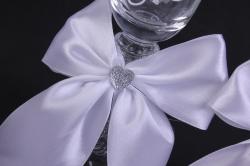 """бокалы свадебные  """"белые с белым бантом""""  (2шт в уп)"""