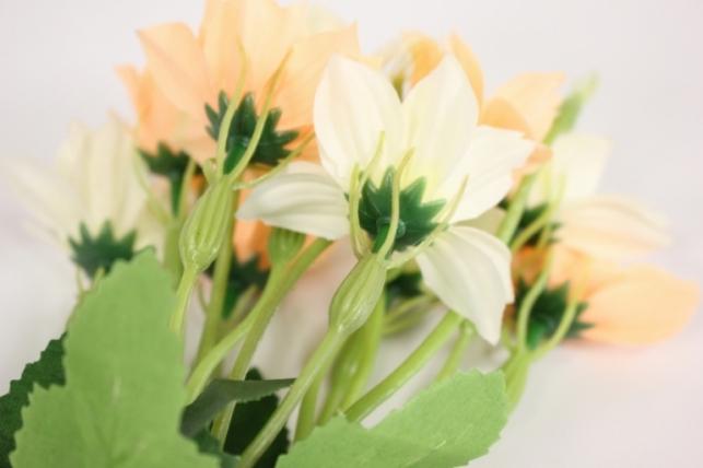 букет цветов георгины 30см - бело/персиковые kwy569 2501