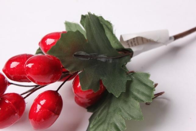 """букет декоративный """"гроздь красных ягод"""""""