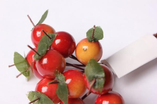 """букет декоративный """"красные ягоды"""""""