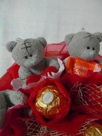 букет из конфет и игрушек DM-08