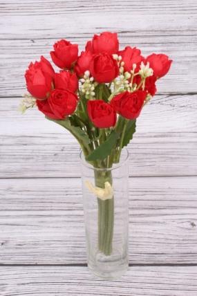 Букетик кустовых роз красный. 27 см.