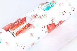Бумага ГЛЯНЕЦ 100/Х245 Нов. год Мороз и Снегурочка (68*97 см) (10 лист)