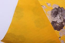 бумага  рифленая в рулоне серые розы на желтом  50см*10м 131210-233345