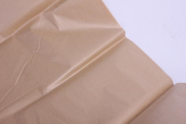 бумага  тишью (ч) бежевая  50*66см (10 листов в уп)