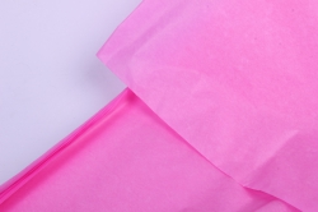 бумага  тишью (ч) ярко-розовая  50*66см (10 листов в уп)