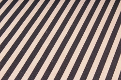 Бумага  крафт цветочная Полосы Черные 70см*10м  40г/м2    37916ПУ   М