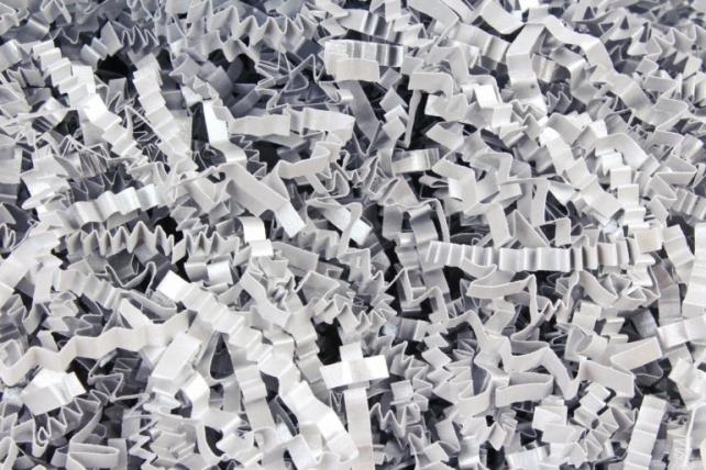 Бумажный наполн. Волна (3мм) Majestic Настоящее серебро (409)  100гр