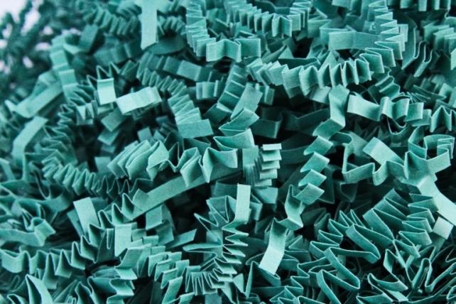 Бумажный наполн. Волна (3мм) Светлый изумруд  (810) 100гр