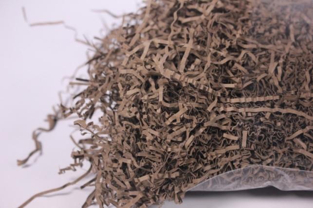бумажный наполнитель - волна шоколадный (150) 100гр