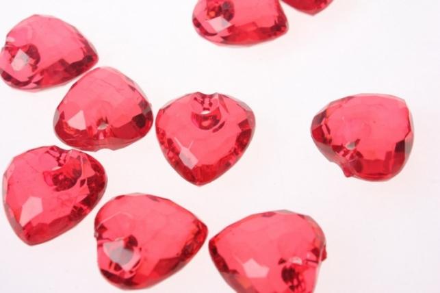 Бусины  Сердечки 100гр цвета в ассортименте