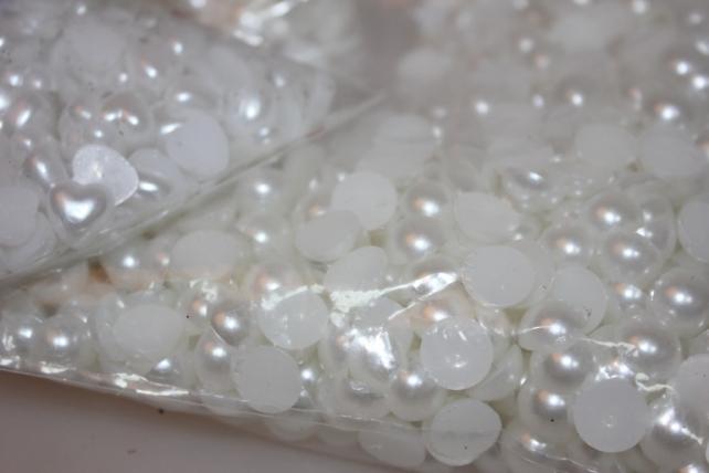 бусинки бусы половинчатые 250гр (круглые, овал, сердце) в ассортименте - белый в ассортименте 7307_BEL