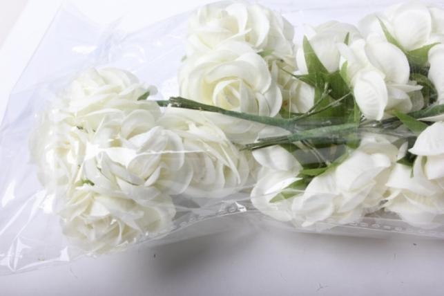 бутаньерка роза 3см шампань (6 букет. по 6шт)