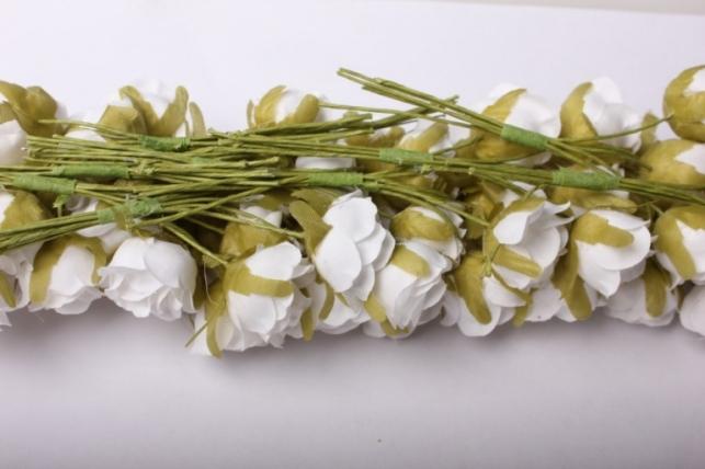 бутаньерка  роза белая (10 букет. по 6шт)