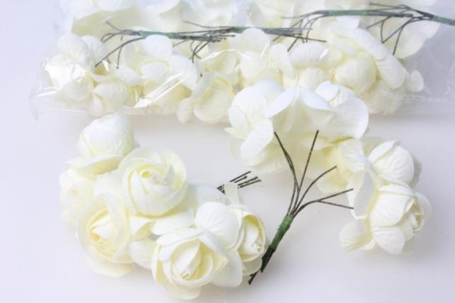 бутаньерка роза белая (6 букетов по 6 шт) искусственные растения