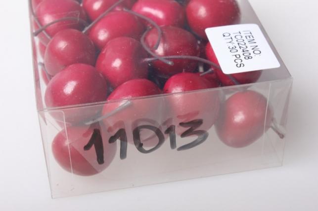 черешня в пластиковой коробке 2см (30шт) 22408