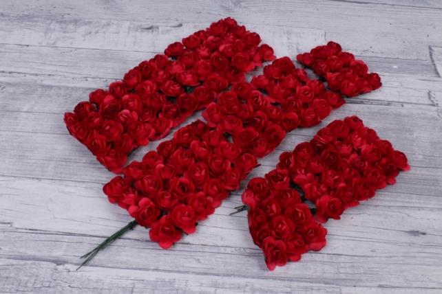 Цветы бумажные 2 см красные (144шт в уп) HT2017А093