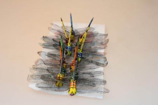 Декоративная искусственная флористическая - 2987 Стрекоза большая цветная (12шт)