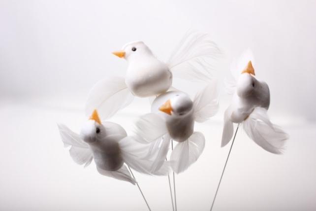 Декоративная искусственная флористическая - 5224 Птичка Голуби с блестками на стикере (36шт в уп)