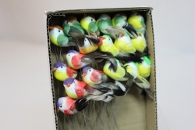 Декоративная искусственная флористическая - 5844 Птичка Круглая малая на стикере (36 шт в уп.)