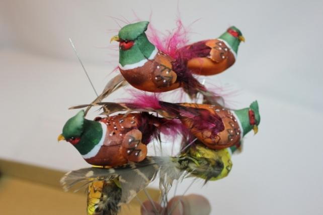 Декоративная искусственная флористическая - 5929 Птичка Фазан на стикере (12 шт в уп.)