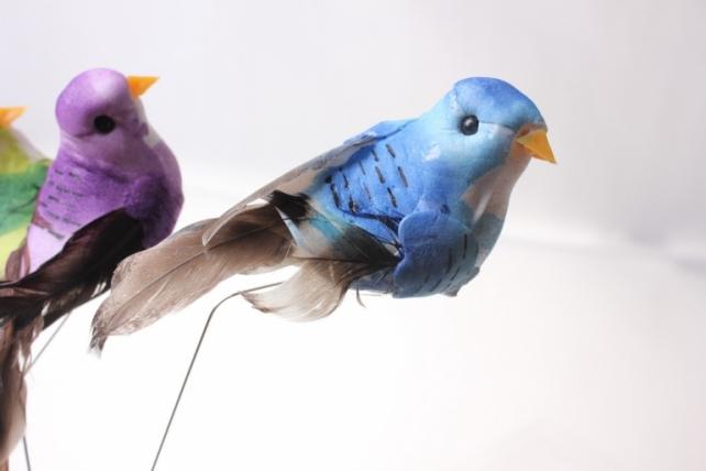бабочки и птички декоративная искусственная флористическая - 6117 птичка цветная на стикере (12шт в уп) 2395