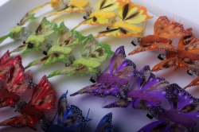 бабочки и птички декоративная искусственная флористическая - бабочка 5см на прищепке (24 шт.) 1026