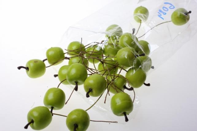 искусственные фрукты декоративные искусственные фрукты - набор яблок искусственных 2см (24шт) зеленое яблоко ph10930 6084