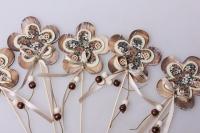 Декоративные вставки - Украшение тортов от Магазина флористики - 9490 Вставка Цветочек с пуговкой (винтаж) (12 шт в уп)