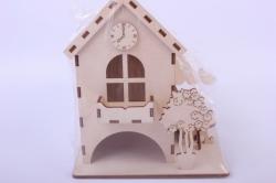 Деревянная заготовка - Чайный домик с часами, деревом и стульчиком 9*9*16см 503267