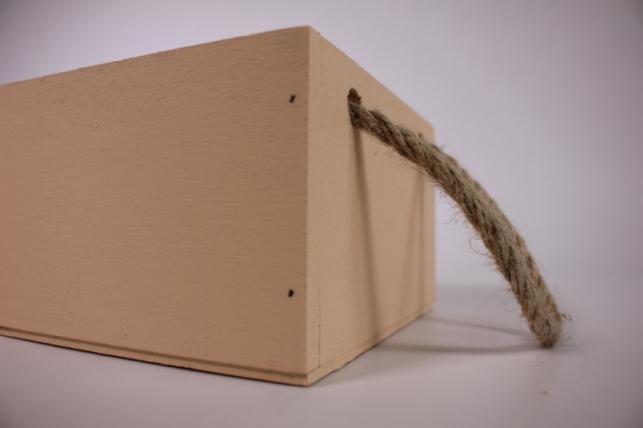 деревянныйящиксбоковымиверёвкамимперсиковый15*15*10см