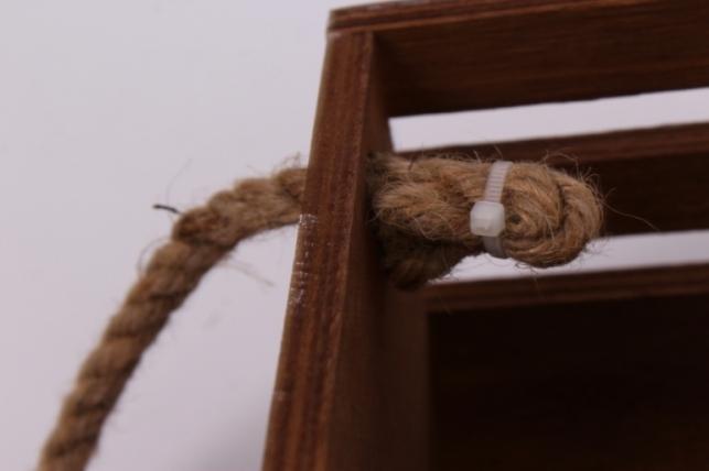 деревянныйящиксбоковымиверёвкамиреечныймтёмно-коричневый15*15*10см