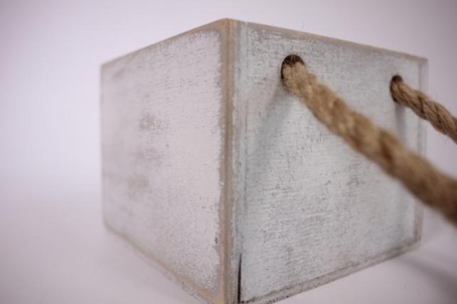 деревянныйящиксбоковымиверёвкамиsбелый12*12*10см