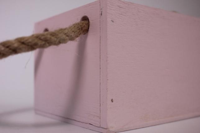 деревянныйящиксбоковымиверёвкамиsрозовый12*12*10см