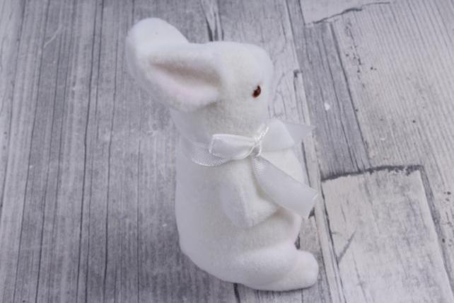 фигурка заяц  большой флок белый  с бантом  (1шт)   2014