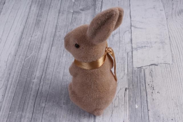 фигурка заяц   большой флок коричневый  с бантом  (1шт)   2038