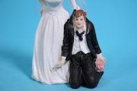фигурки жених и невеста на торт (с приколом)- на коленях h=12cм